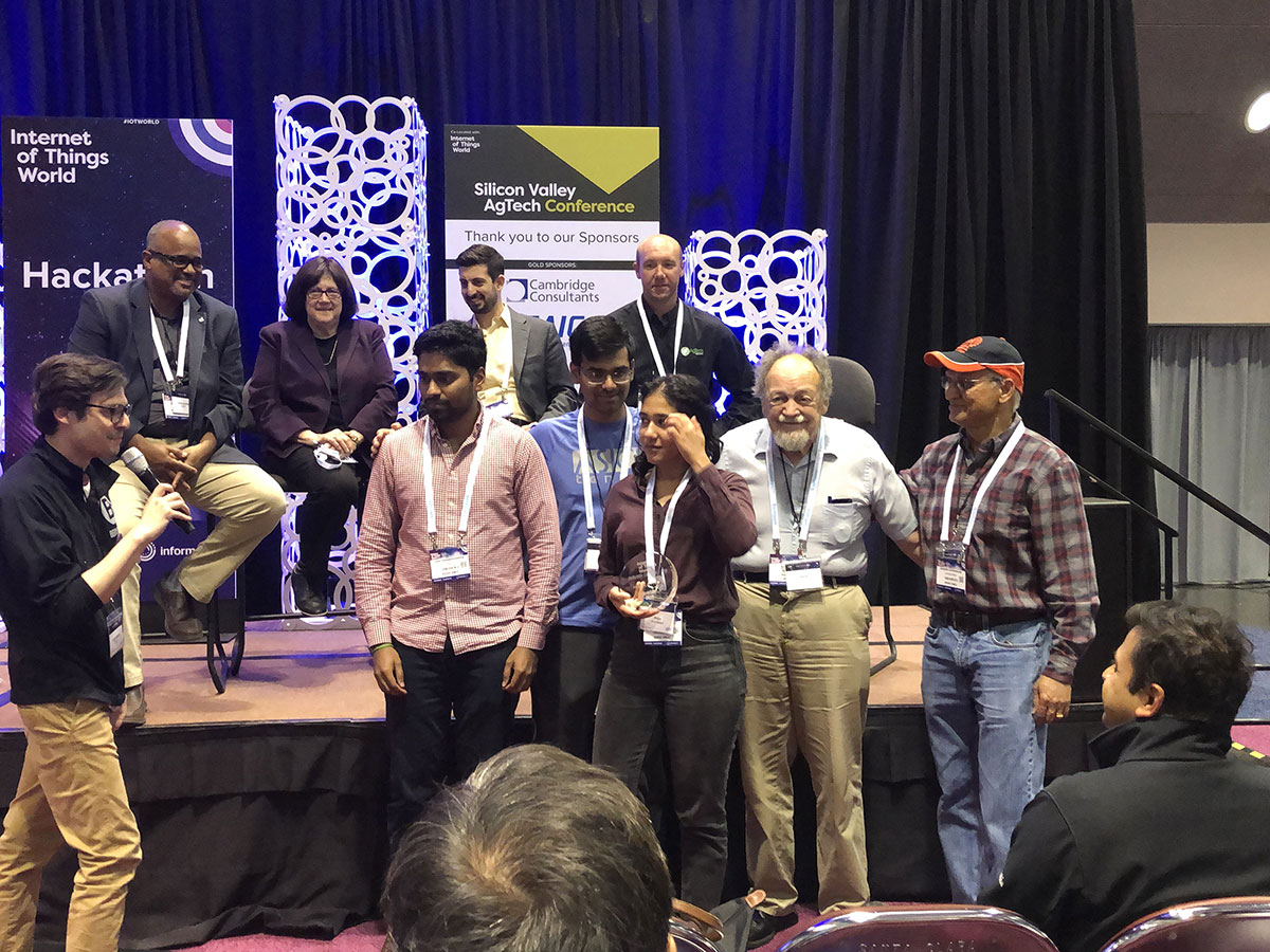 Team Smart Ag wins Hackathon